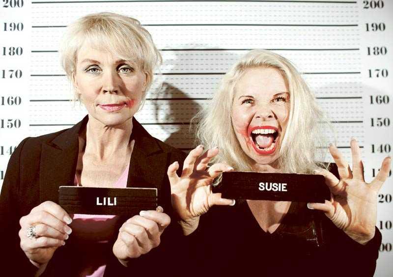 """Wanted. Lili & Susie har fått många män att gå i giftastankar. """"Det har ju kommit friarpaket med ring, kokboken 'Hemmets ABC¨' och att det står att han har traktor. Jag nappade inte"""", säger Lili."""