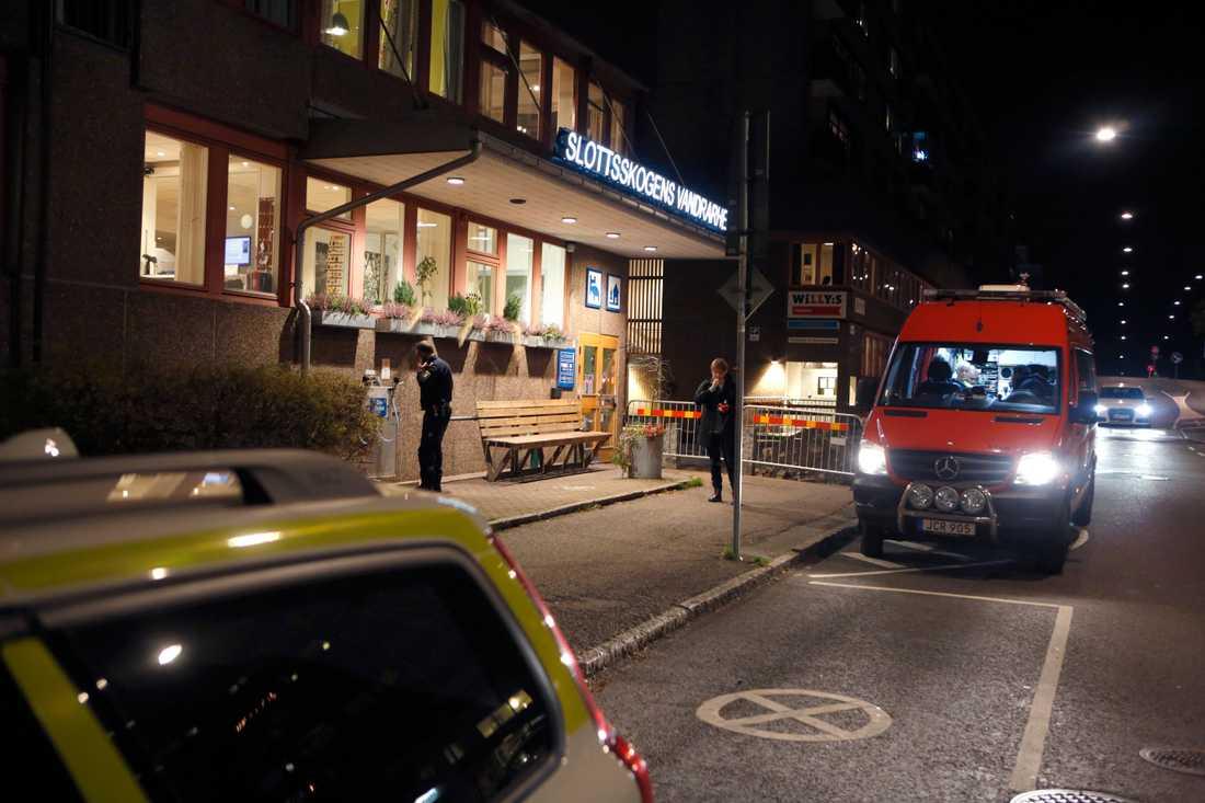 En kvinna hittades död på ett vandrarhem i Göteborg i november i fjol. Polisen misstänker inte längre att något brott begåtts i samband med dödsfallet. Arkivbild.