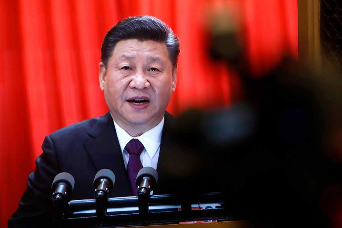 Xi Jinping bygger upp en personkult runt sig själv som vi inte sett maken till sedan Mao Zedongs dagar.