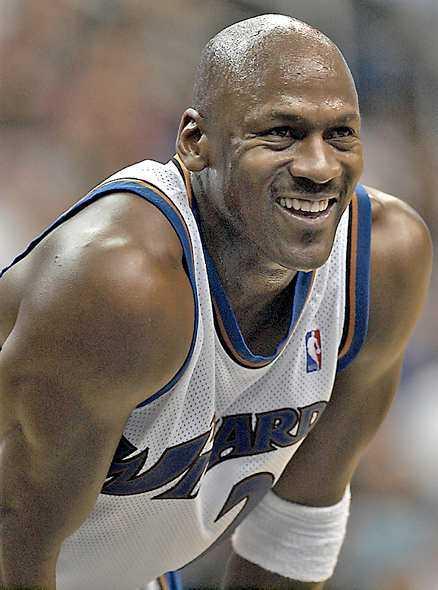 Michael Jordan - värd 187000000 kronor.