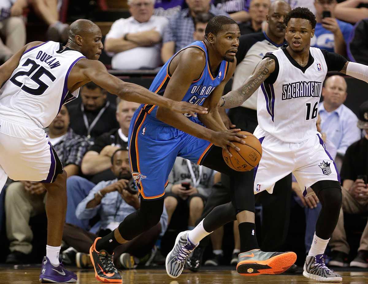 """Durant mäktade """"bara"""" med 23 poäng mot Sacramento."""