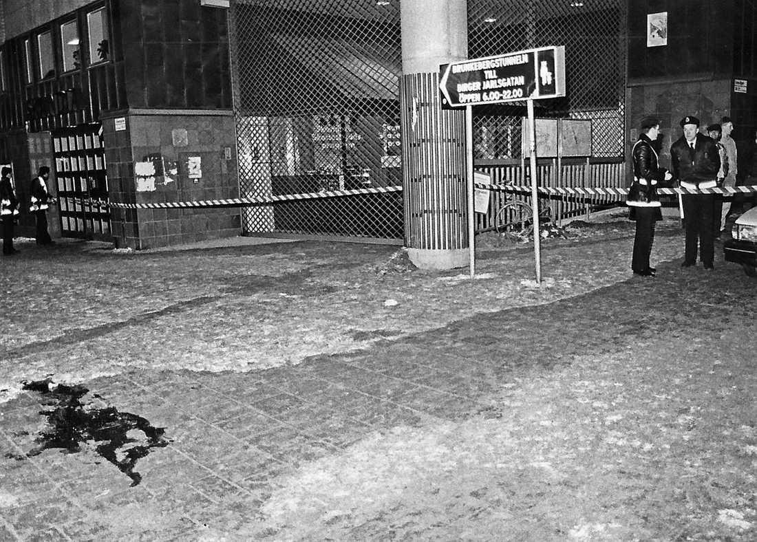 PALME SKJUTEN Korsningen Sveavägen/Tunnelgatan i februari 1986. Här mördades Olof Palme.