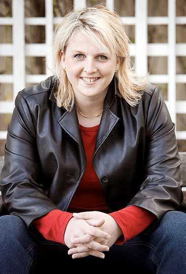 """på tur Västerbottningen Anna Sjödin, 29, kan bli SSU:s nya ordförande. """"Vi ska lyfta fram de problem som ungdomar har"""", säger hon."""