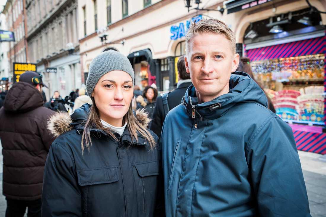 Nicole Zetterholm, 31, var på plats på Drottninggatan med sin man, Torbjörn Zetterholm, 38, och deras 3-åriga dotter samt 6-åriga son.