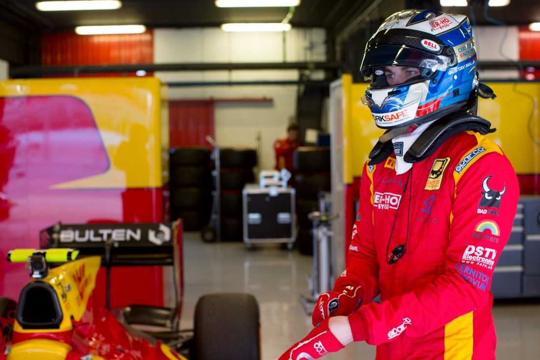 Gustav Malja jagar pallplatser i Formula 2