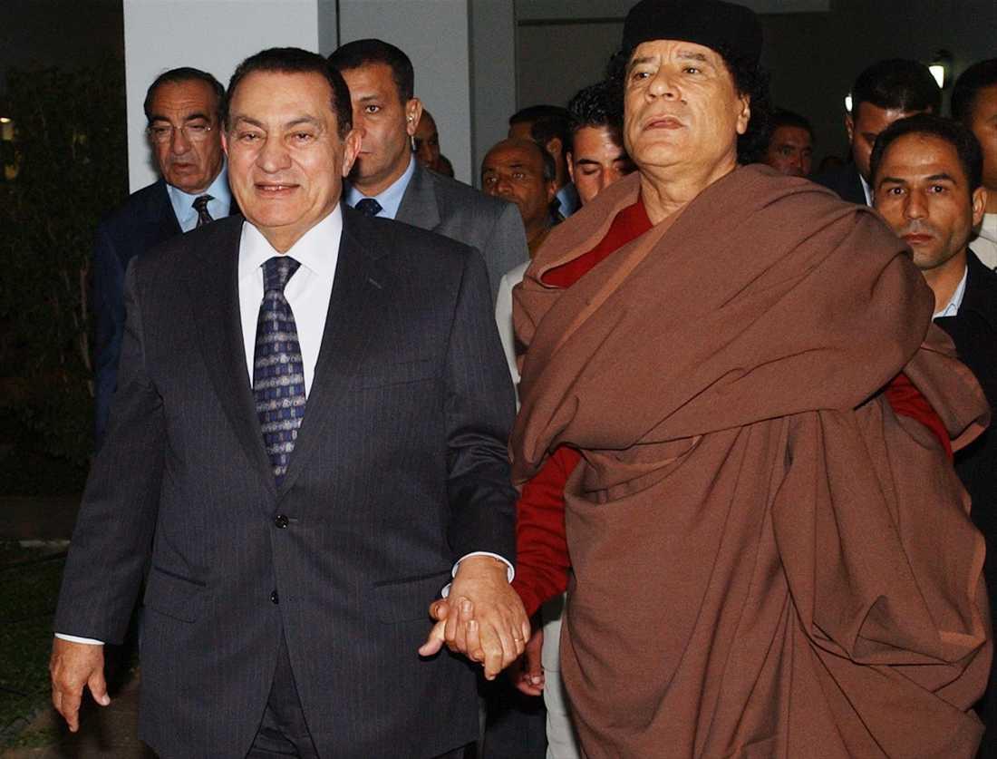 En annan världsledare som flera gånger träffat Gaddafi är Hosni Mubarak, Egyptens president.