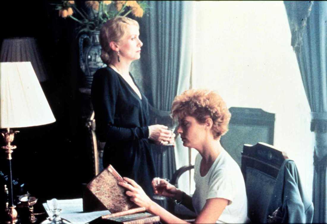 """Catherine Deneuve och Susan Sarandon i """"The hunger"""" från 1983."""