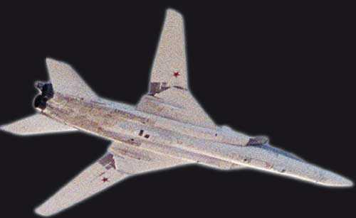 Försvarets bild från 18 oktober 2011 Det sovjetiska bombplanet TU-22 utvecklades under kalla kriget och det är i dag en uppföljare, TU-22M, som finns i tjänst i det ryska försvaret.