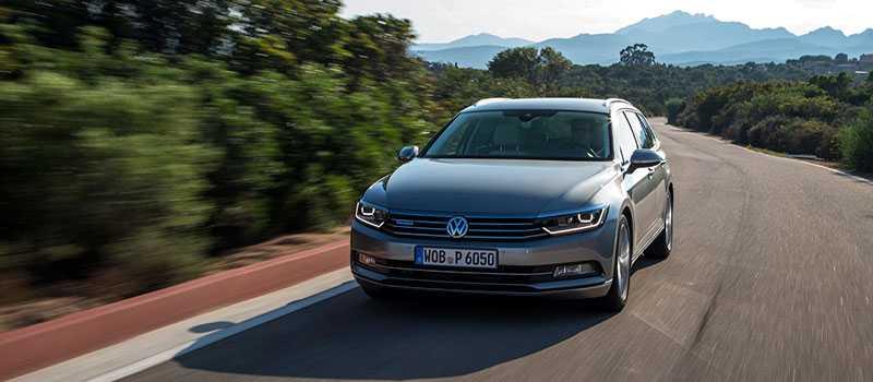 Nya Volkswagen Passat Sportscombi.