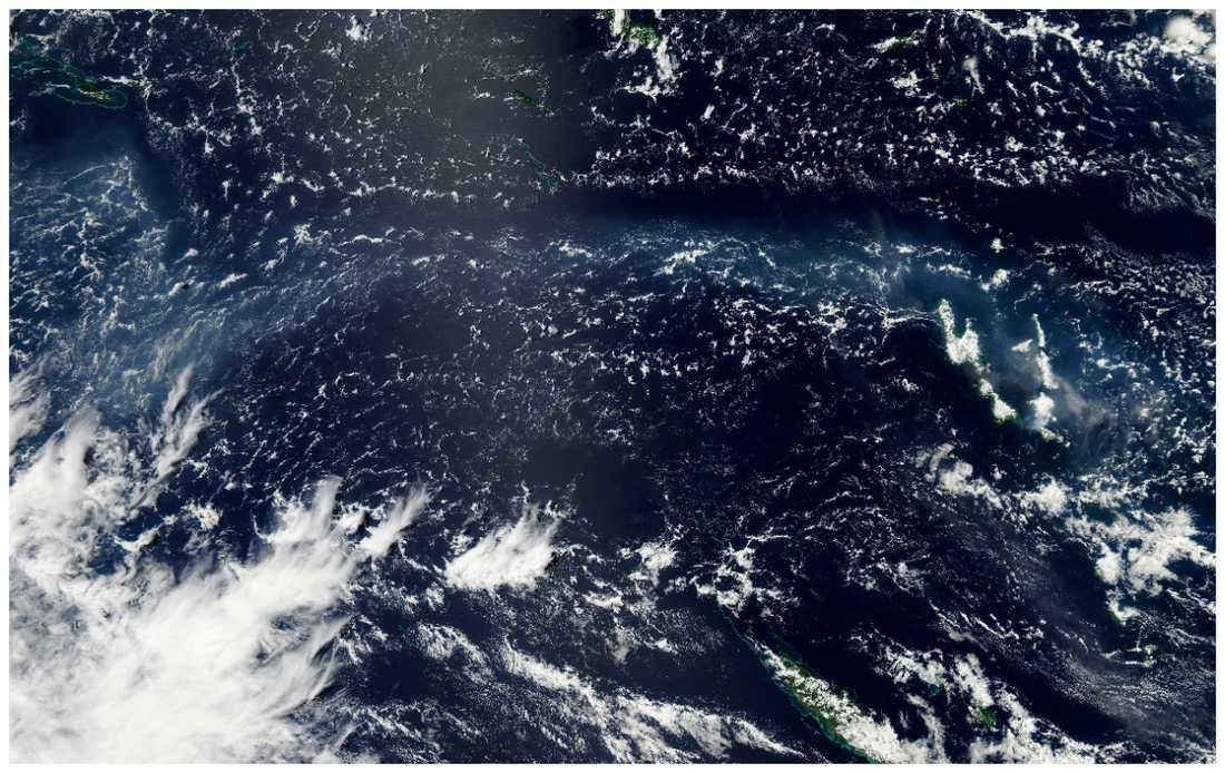 Här är en satelitbild över askan och dimman som bildats av vulkanutbrottet.