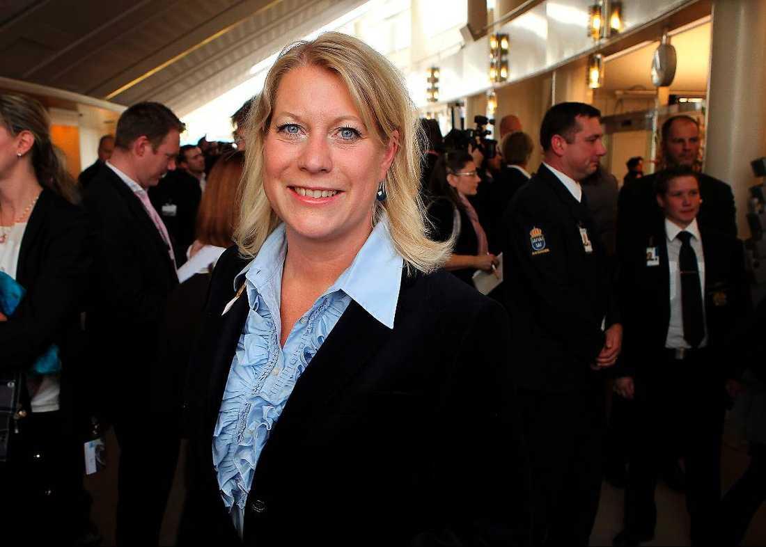 Infrastrukturminister Catharina Elmsäter-Svärd, 48 Ministerfallskärm: 1,5 miljoner Riksdagsfallskärm: 0