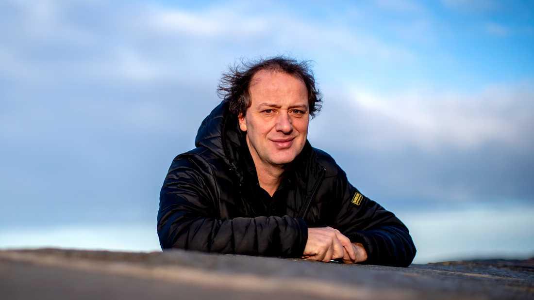 """Christian Azar är professor i energi och miljö på Chalmers och har skrivit boken """"Makten över klimatet"""". Han ser två viktiga perspektiv i debatten om Preemraffs utbyggnad, men tycker själv att utsläppen av koldioxid måste ses med hela EU som utgångspunkt. Arkivbild."""