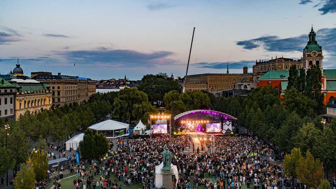 Rockbjörnen arrangeras i Kungsträdgården i Stockholm tisdag 13 augusti. Så här såg det ut i fjol.