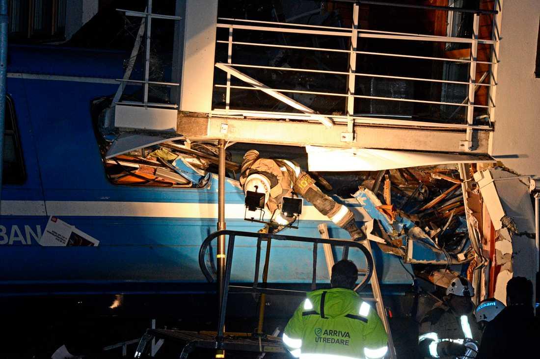 Inga passagerare var kvar på tåget när olyckan inträffade.