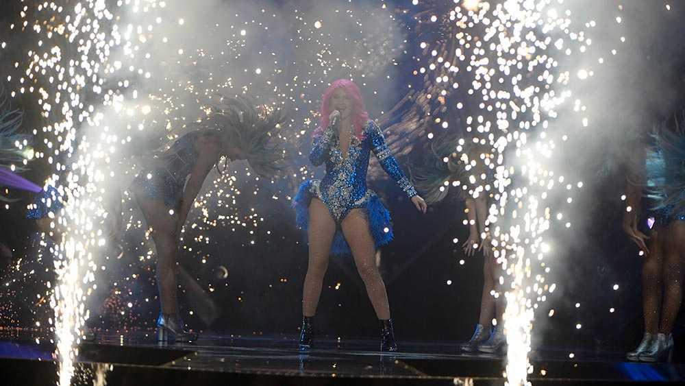 Dinah Nah hade pyroteknik-problem.