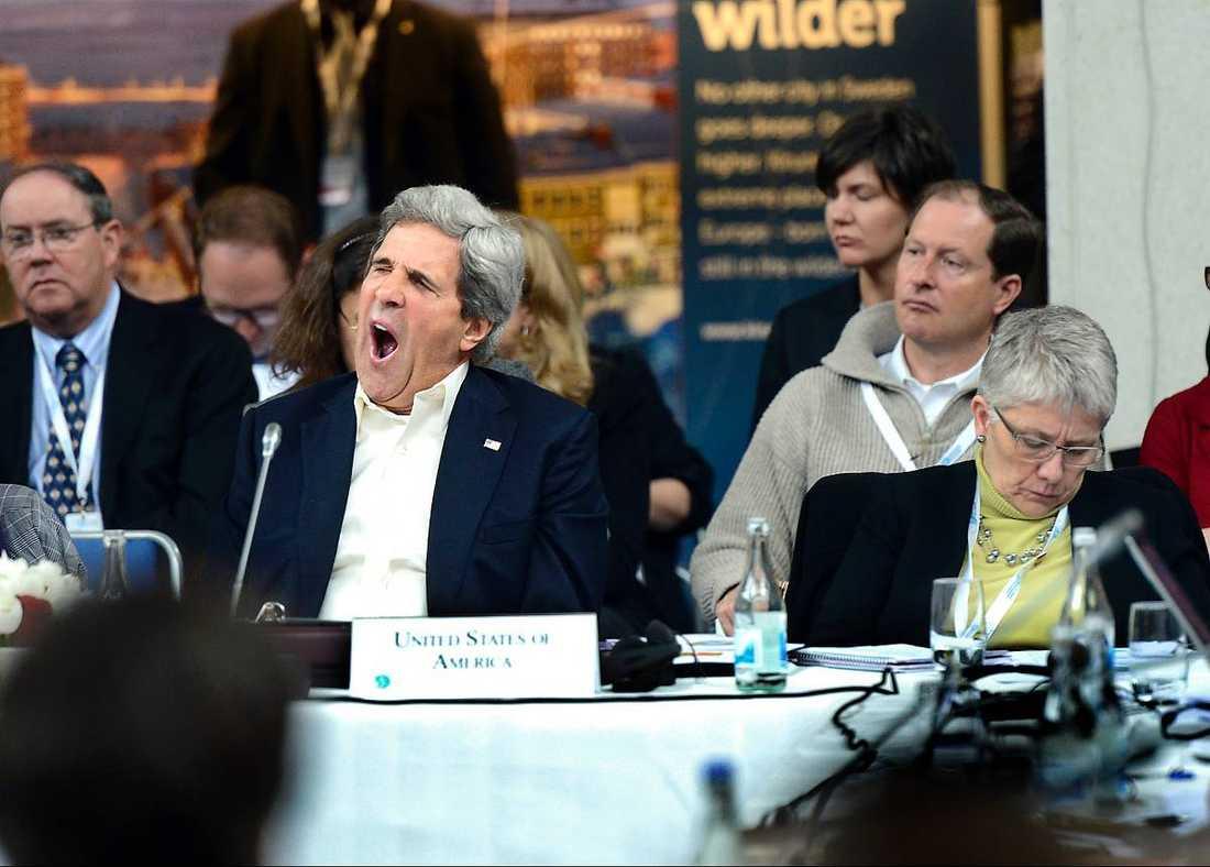Skippade utflyktenUSA:s utrikesminister John Kerry gjorde inte mycket väsen av sig i Kiruna. Han höll heller ingen presskonferens och åkte direkt hem i stället för att besöka forskningsstationen i Abisko.