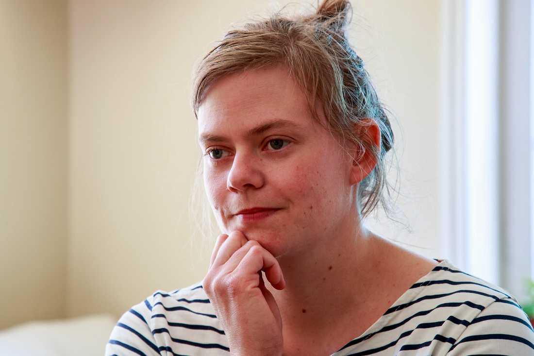 """""""Jag kände mig enormt stressad under min graviditet med Maja att ingen visste något om ryggmärgsskada, graviditet och förlossning, säger Anna Oredsson, 34."""
