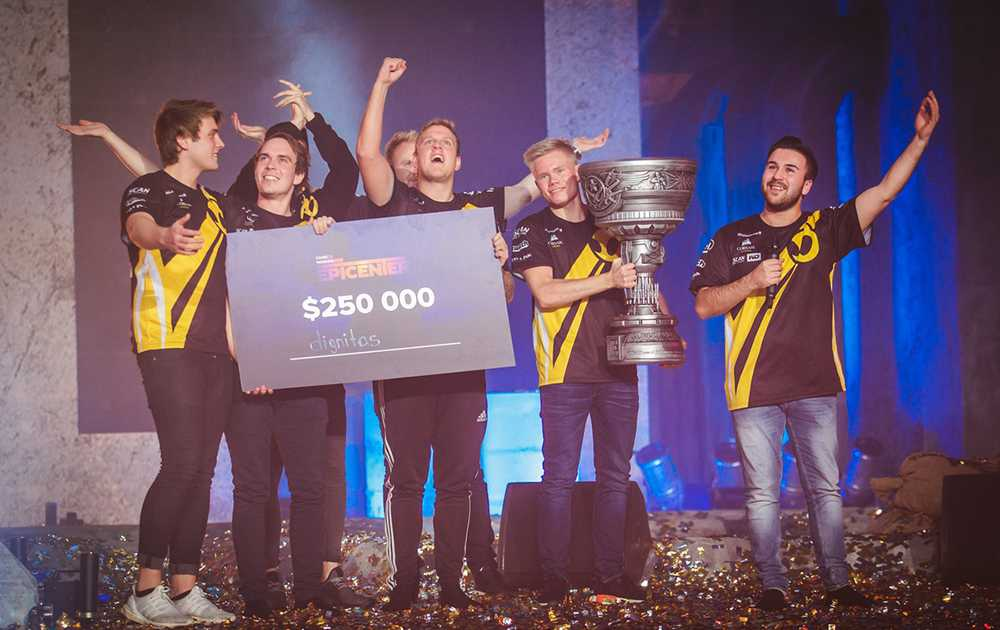 Team Dignitas after their Epicenter win. Photo: Epicenter.gg