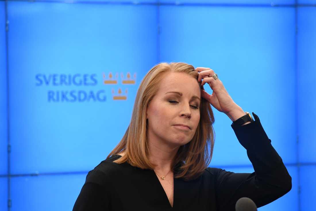 Annie Lööf efter mötet med talman Andreas Norlén.