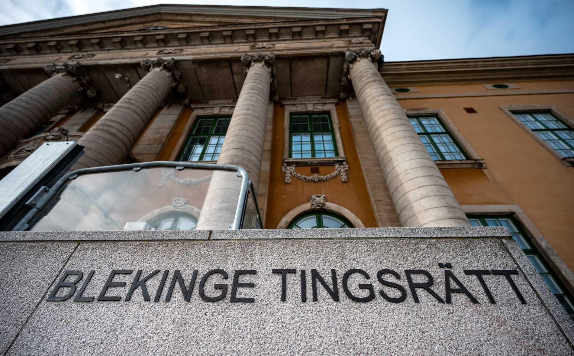 Blekinge tingsrätt dömer två män till livstid respektive 18 års fängelse för mordet på en 57-årig man i Karlskrona förra sommaren. Arkivbild.