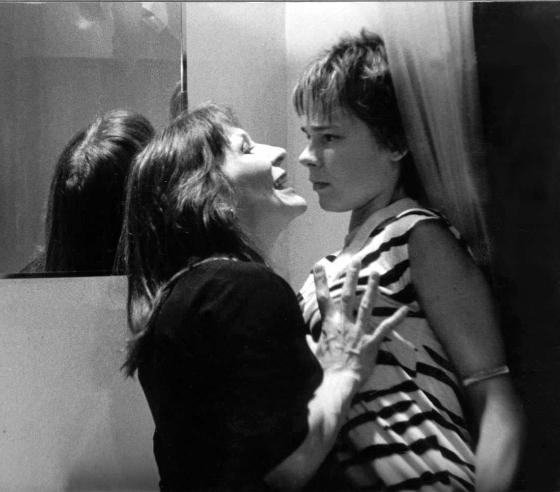 """Filmen """"Andra Dansen"""". Kim Anderzon tillsammans med Lisa Hugoson."""