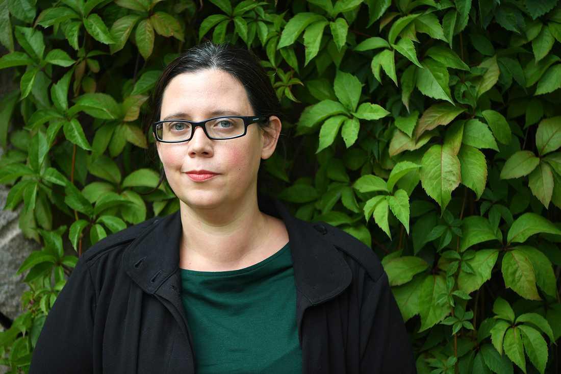 """""""Det är en upprättelse"""", säger författaren Elise Karlsson."""