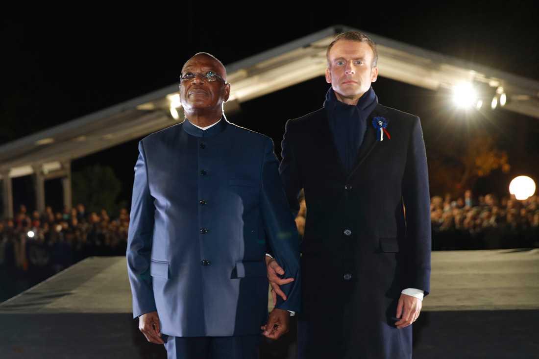 Malis president Ibrahim Boubacar Keita och Frankrikes Emmanuel Macron hedrar de många soldater från de franska kolonierna som stupade i första världskriget. Keitas farfarsfar var en av dem.