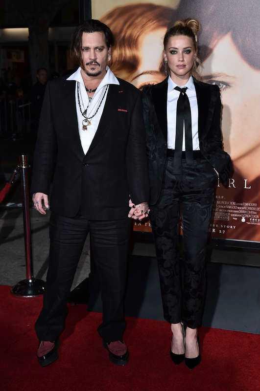 TRÄFFADES PÅ JOBBET Johnny Depp och Amber Heard gifte sig i februari förra året.