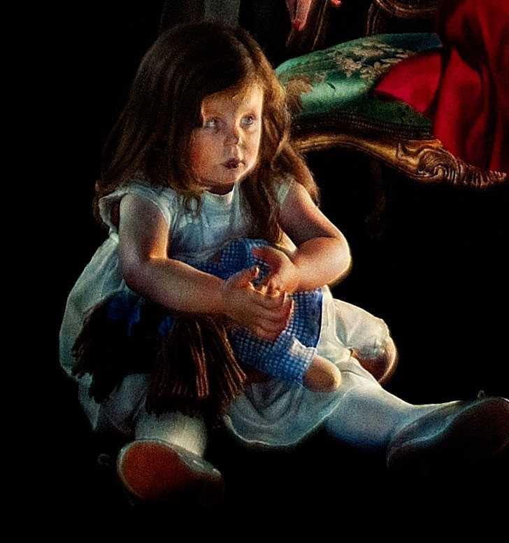 Den läskiga flickan på golvet? Det är Isabella, dotter till Frederik och Mary och någonstans ska hon ju vara.