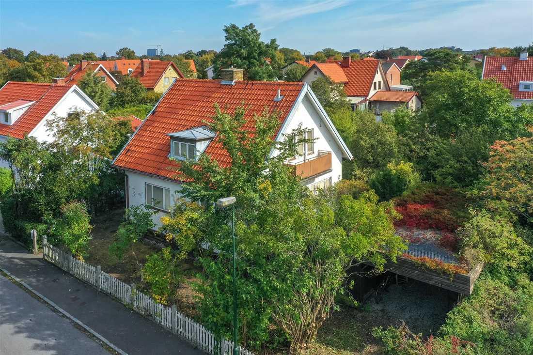 Denna villa på Rosenvång som beskrivs som ett stort projekt toppar klicktoppen vecka 47.
