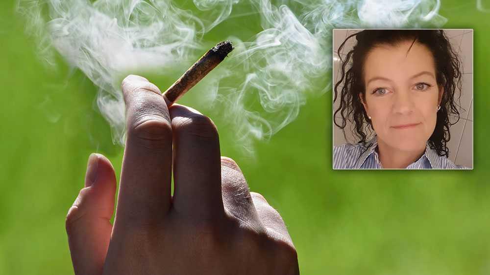 När det finns svenska politiker som vill legalisera en drog som är inkörsporten till missbruk är något vansinnigt fel, skriver läraren Erika Holmquist Hortlund.