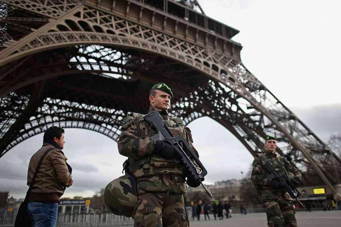 Höjd säkerhet i Paris efter terrordåden i januari 2015.
