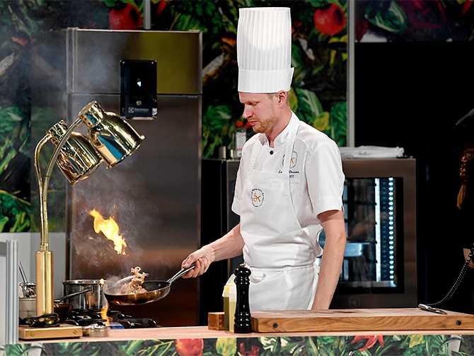 Luqaz Ottosson brinner för hållbar matlagning. I alla fall vann han delmomentet där det gällde att göra en rätt av bröd som passerat bäst före-datum. Sammanlagt blev det en fjärdeplats.