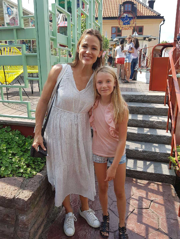 Tilly, 9, träffade Jennifer Garner på Gröna Lund i Stockholm