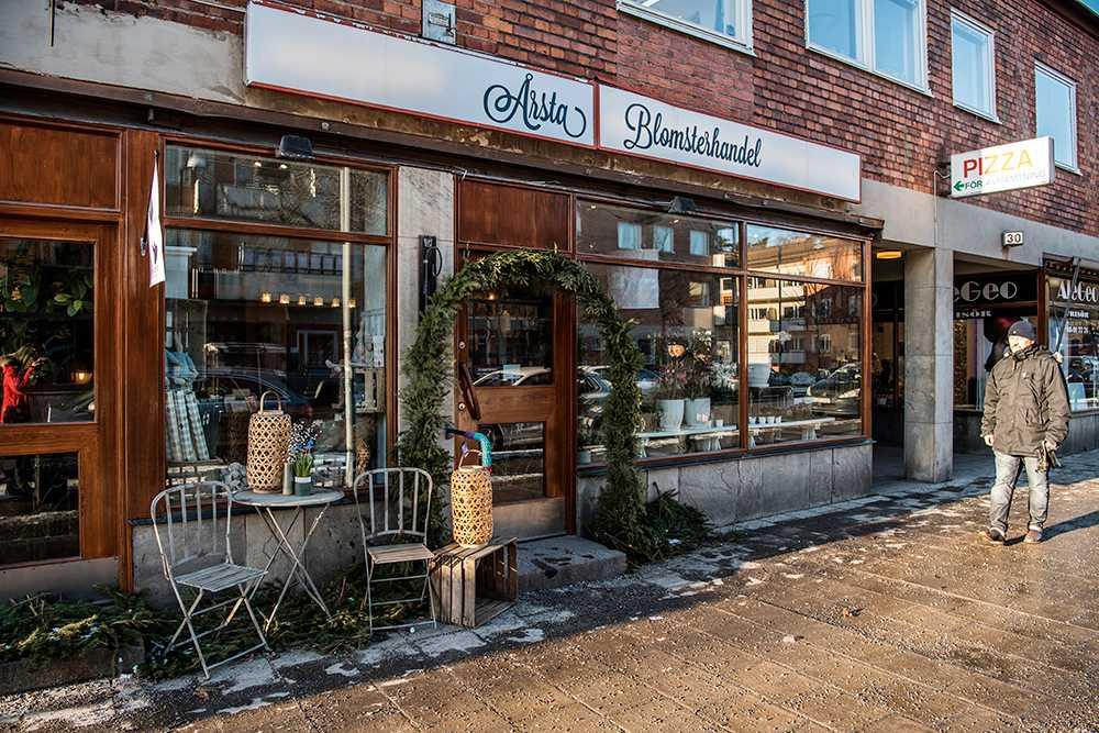 Maria Mellström både arbetar och bor i Årsta och gillar bykänslan ett stenkast från Stockholms innerstad.