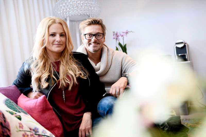 Laila Bagge och Niclas Wahlgren.
