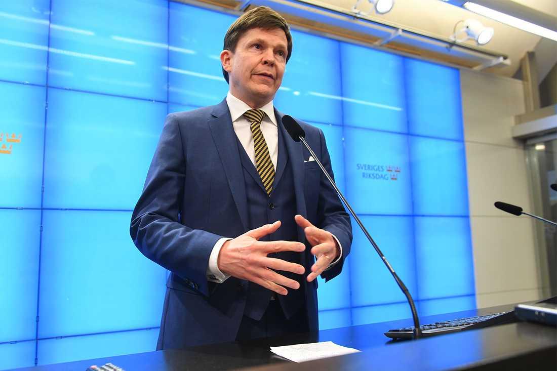 Talman Andreas Norlén.