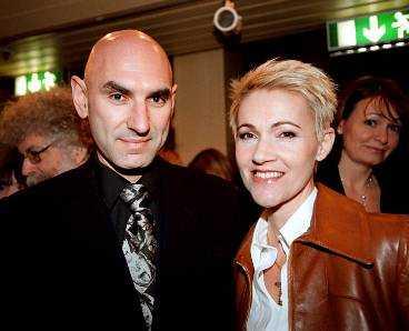 Marie Fredriksson och maken Mikael Bolyos.