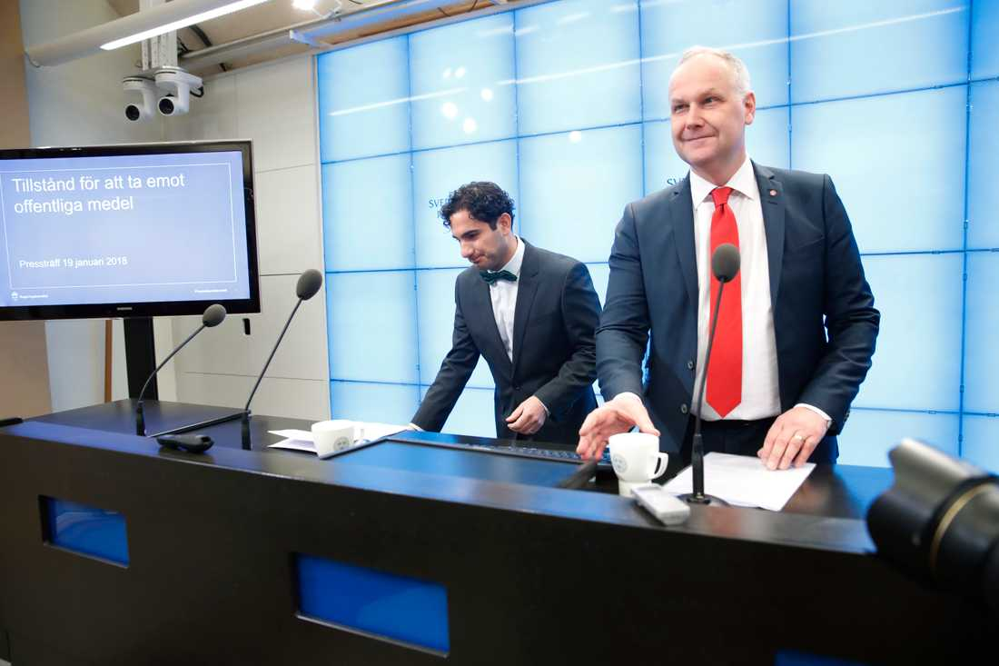 Civilminister Ardalan Shekarabi (S) och Vänsterledaren Jonas Sjöstedt lade i dag fram förslaget om vinstak i välfärden.