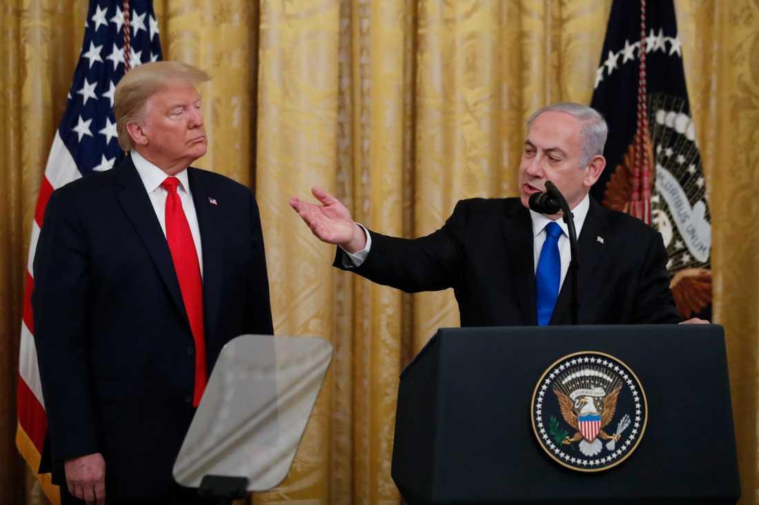 Israels premiärminister Benjamin Netanyahu och USA:s president Donald Trump i Vita huset där Trumps fredsplan presenterades..