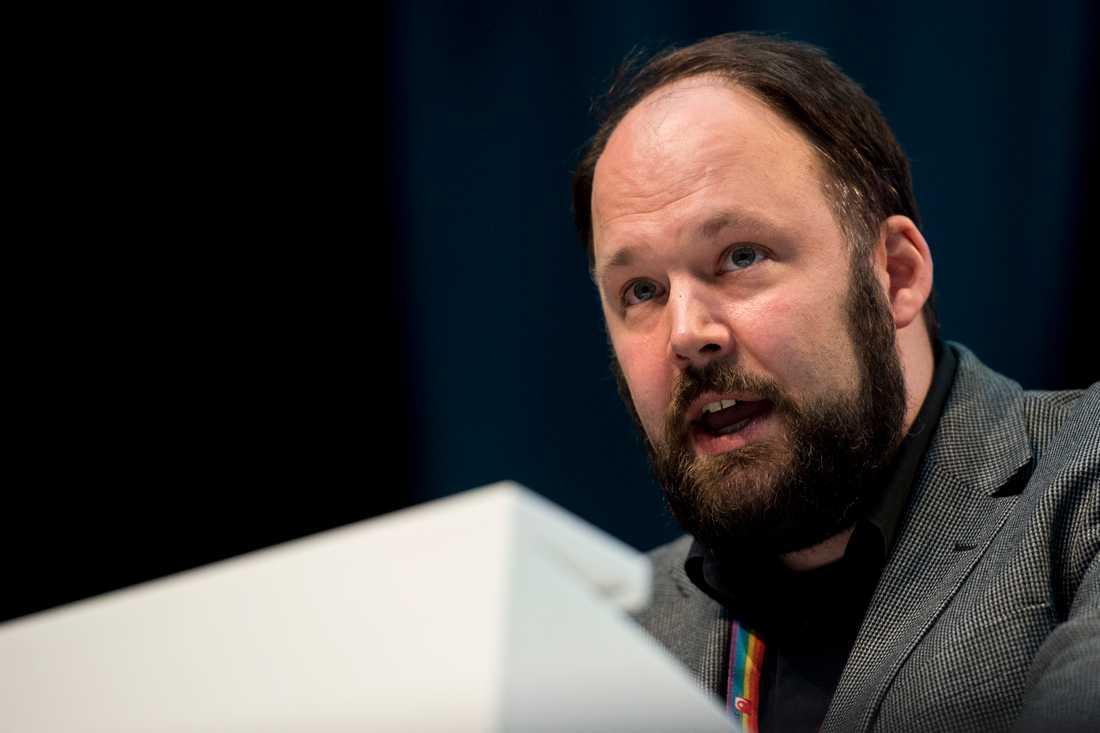 Johan Storåkers (L).