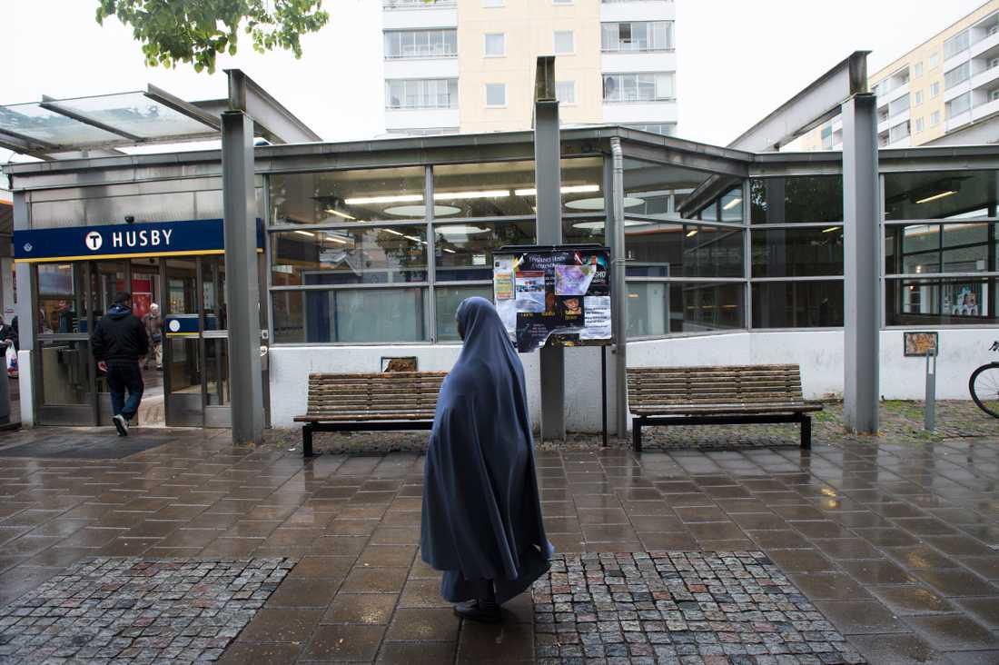 Samhällets information om coronaviruset missar stora invandrargrupper i Sverige. I Stockholm ska svensksomalier vara överrepresenterade bland de avlidna. Arkivbild.