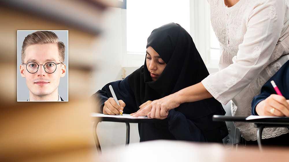Vill man hjälpa muslimska flickor att komma ifrån hedersförtryck och begränsande familjer, är slöjförbud kontraproduktivt, skriver debattören.