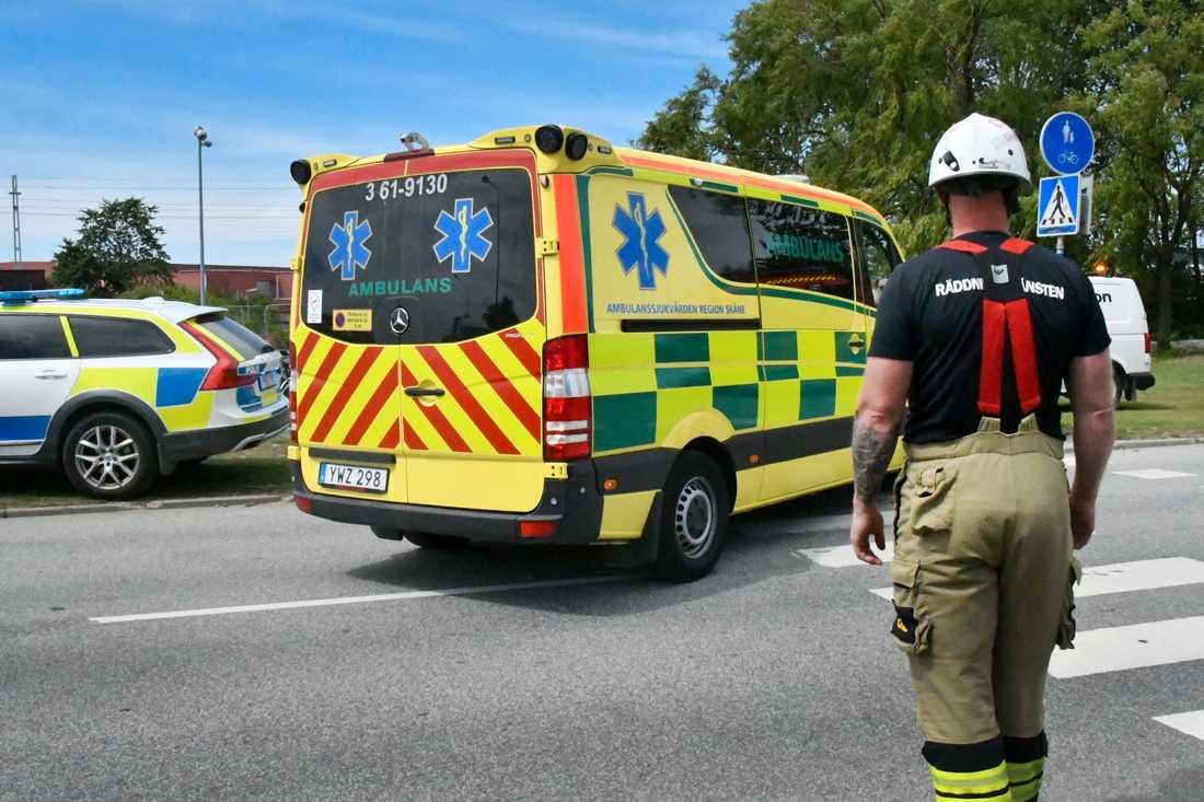 En man har blivit påkörd av ett tåg i Burlöv.