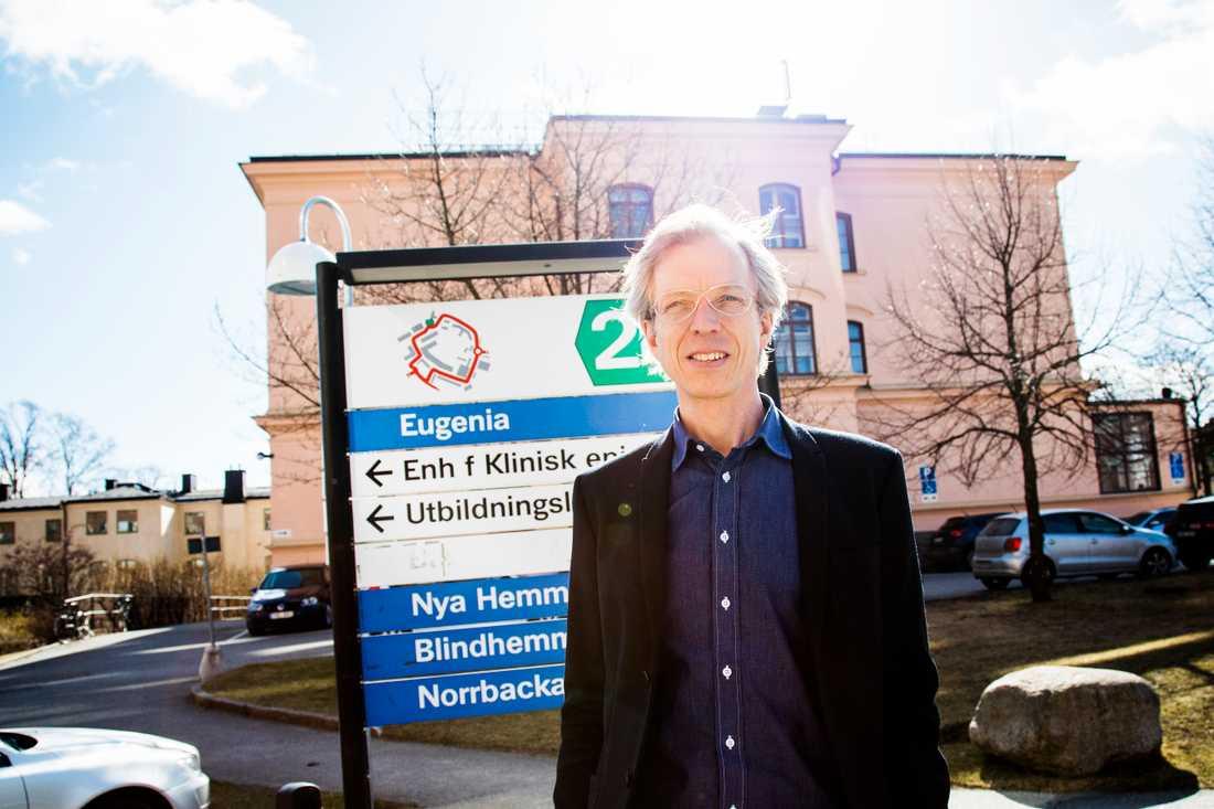 """""""I modern förlossningsvård vill vi kunna erbjuda en god smärtlindring, säger han.Olof Stephansson, förlossningsöverläkare vid Karolinska universitetssjukhuset och Visby lasarett samt medicinskt ansvarig för Socialstyrelsens rapport."""