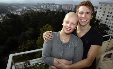 Johanna Moll har fått stöd av sambon Patric Moe under sjukdomstiden.