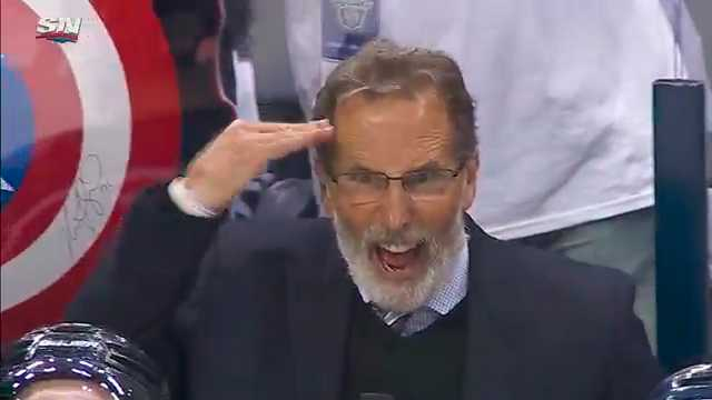 Columbus coach John Tortorella var rasande efter domslutet.