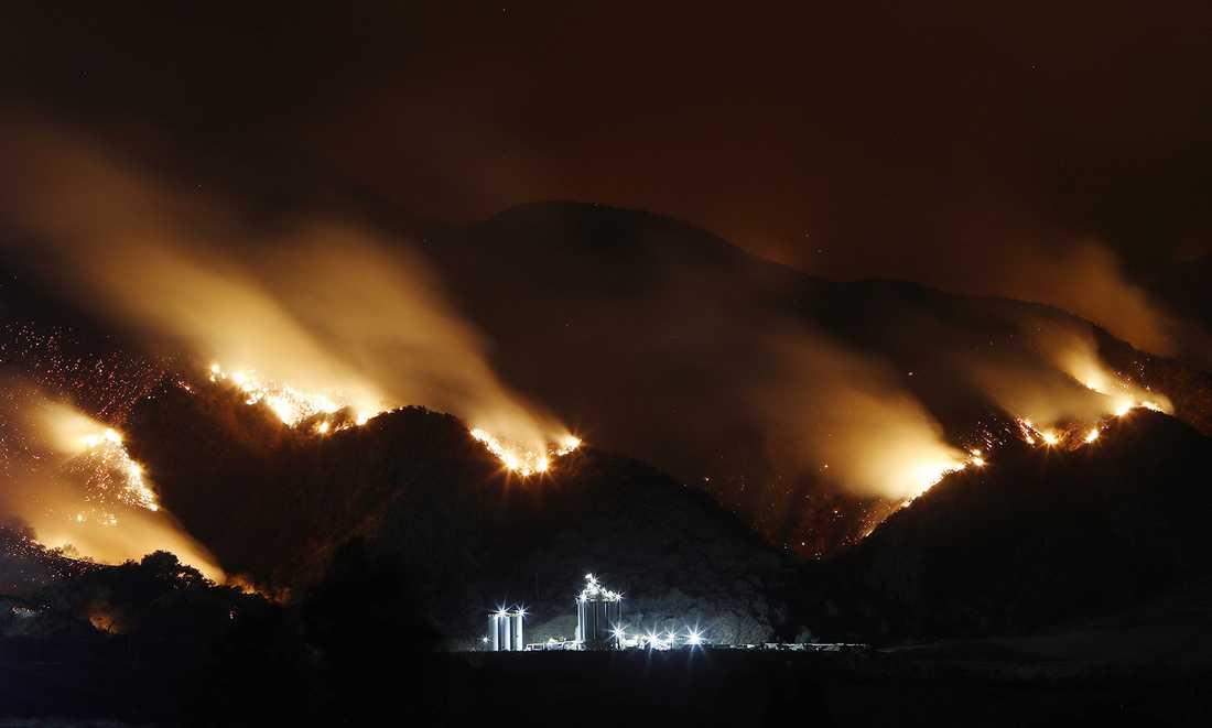 Skogsbrand i Corona i Kalifornien.