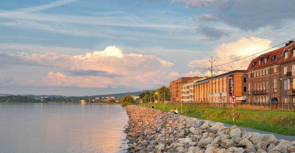 Jönköping är en av städerna där bostadsrättspriserna stiger mest under budgivningen.