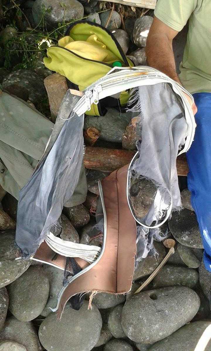 En väska som misstänks komma från MH370 hittades också vid Reunion.